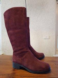 Size 38 Calf 42-1 Hampstead Bordeaux Suede