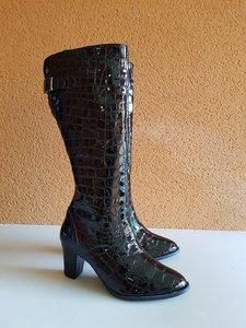 Size 38 Calf 34 Buckingham Black Croc