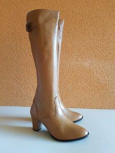 Size 37 Calf 30 Buckingham Tan Leather