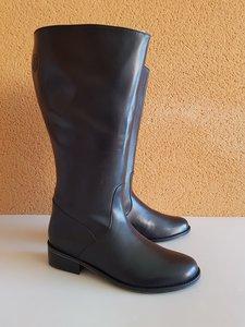 Size 40 Calf 49 Burleigh Black Leather