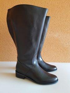 Size 41 Calf 59 Burleigh Black Leather