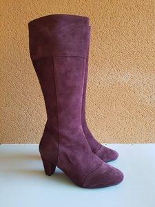 Size 40 Calf 36 Capri Bordeaux Suede
