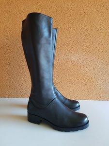 Size 41 Calf 39 Hampstead Black Leather