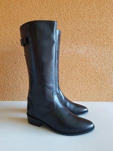 Size 37 Calf 32 (29-34) Kensington Black Leather