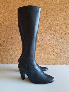 Size 38 Calf 33 Rimini Black Leather