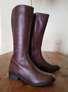 Size 39 Calf 32 Burleigh Brown Leather