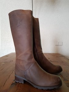 Size 39 Calf 34 Hampstead Waxy Brown
