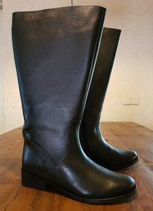 Size 40 Calf 50 Burleigh Black Leather