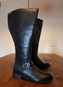 Size 40 Calf 52 Sienna Black Leather