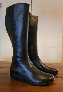 Size 39 Calf 36 Zara *NEW* Black Leather